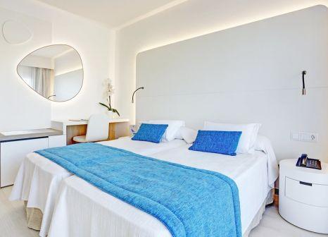 Hotelzimmer mit Tischtennis im Grupotel Farrutx