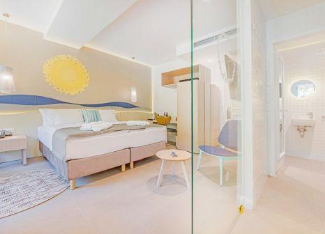 Hotelzimmer mit Volleyball im TUI BLUE Jadran