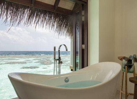 Hotelzimmer mit Paddeln im Drift Thelu Veliga Retreat