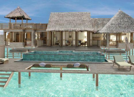 Hotelzimmer mit Volleyball im Gili Lankanfushi
