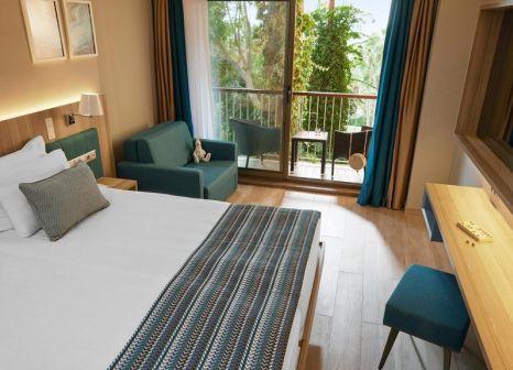 Hotelzimmer mit Volleyball im ROBINSON Sarigerme Park