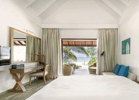Hotelzimmer mit Tischtennis im Summer Island Maldives