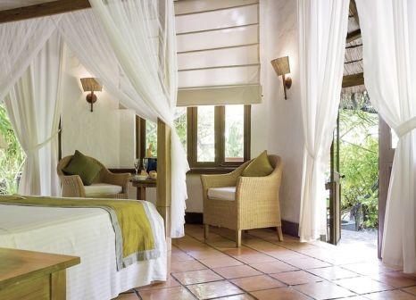 Hotelzimmer mit Volleyball im Coco Palm Dhuni Kolhu