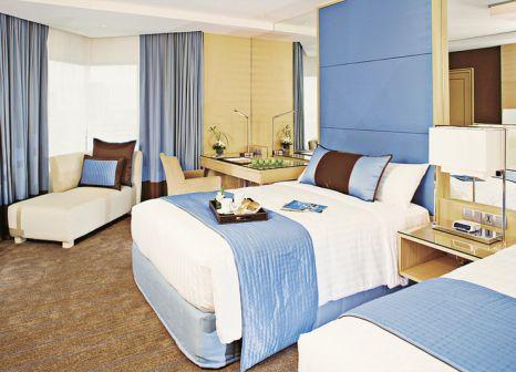 Hotelzimmer mit Tischtennis im Holiday Inn Bangkok Silom