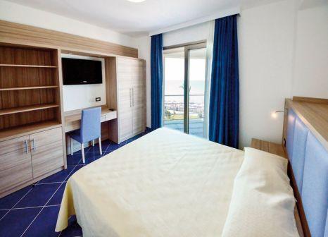 Hotelzimmer im Astro Suite günstig bei weg.de