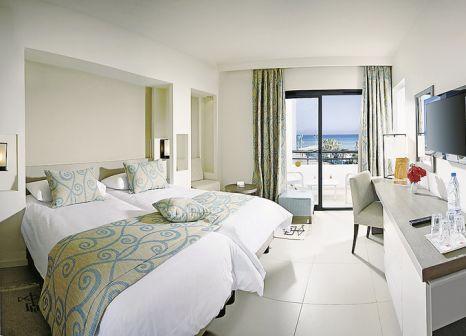 Hotelzimmer mit Volleyball im SENTIDO Palm Azur