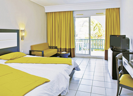 Hotelzimmer mit Yoga im El Mouradi Club Kantaoui