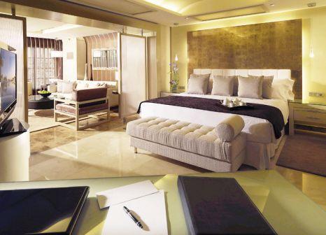 Hotelzimmer mit Yoga im Gran Meliá Palacio de Isora