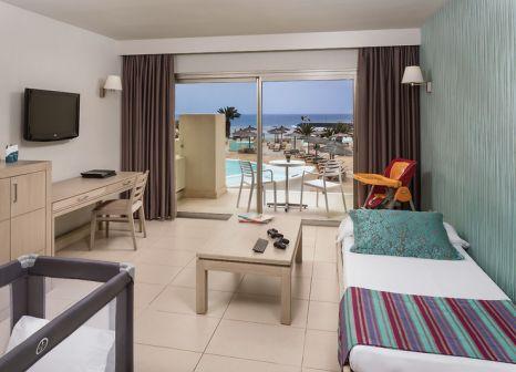Hotelzimmer mit Mountainbike im HD Beach Resort & Spa
