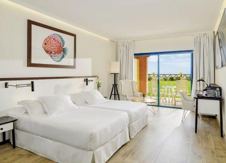 Hotelzimmer mit Minigolf im H10 Playa Esmeralda