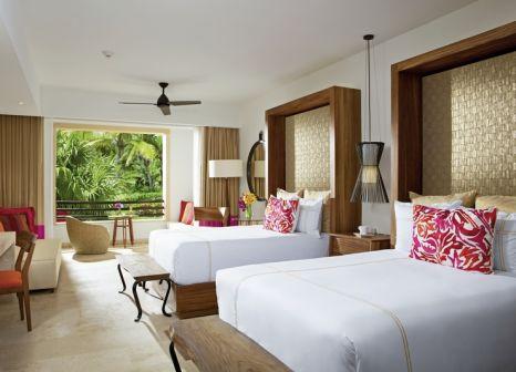 Hotelzimmer mit Volleyball im Secrets Akumal Riviera Maya