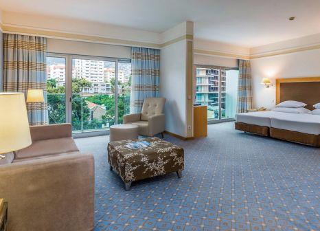 Hotelzimmer mit Mountainbike im Pestana Carlton Madeira - Premium Ocean Resort
