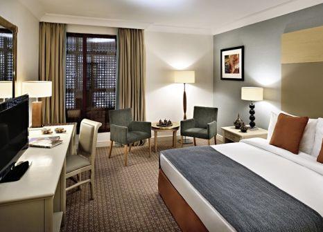 Hotelzimmer mit Tischtennis im Mövenpick Resort Petra