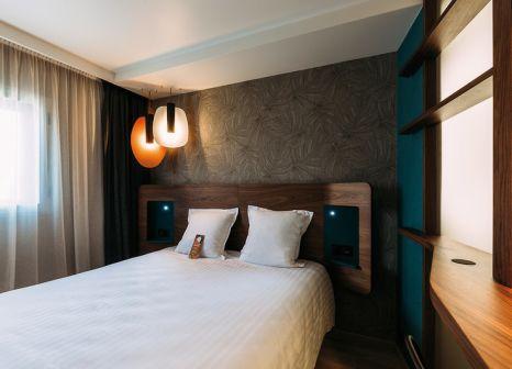 Hotelzimmer mit Pool im Hôtel Oceania Paris Porte de Versailles