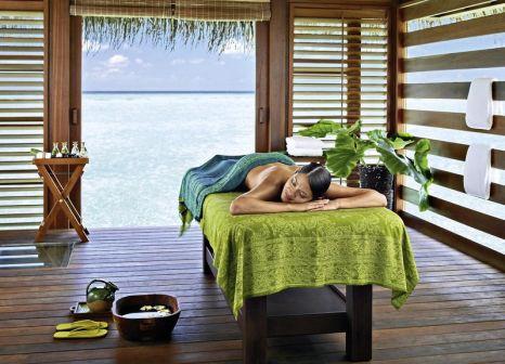 Hotelzimmer mit Tennis im Four Seasons Resort Maldives at Kuda Huraa