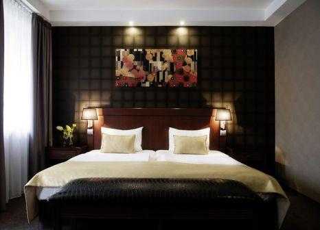 Hotelzimmer im Hotel Azúr günstig bei weg.de
