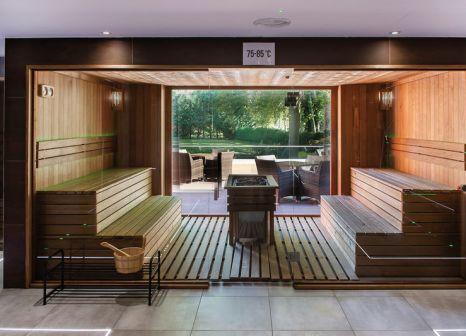Hotelzimmer mit Tischtennis im Hotel Azúr