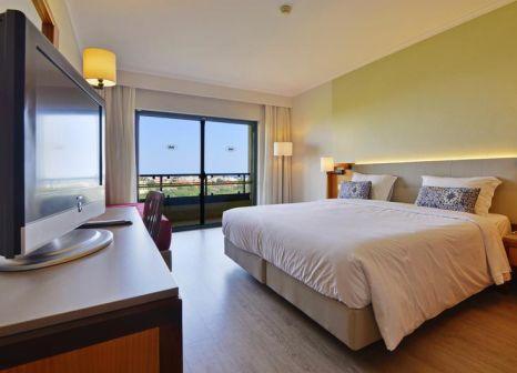 Hotelzimmer mit Mountainbike im Real Bellavista Hotel & Spa