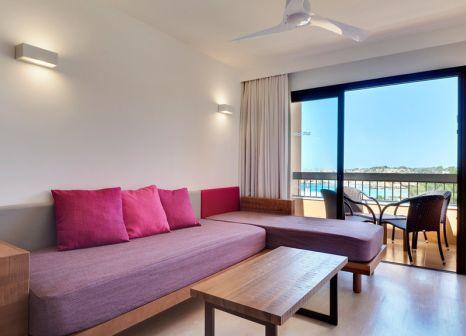 Hotelzimmer mit Yoga im Insotel Club Tarida Playa