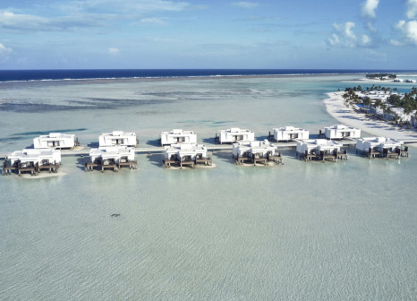Hotelzimmer mit Paddeln im Hotel Riu Atoll