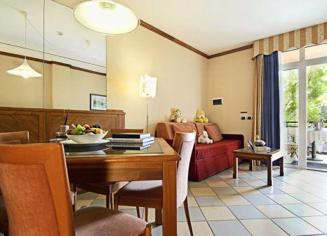 Hotelzimmer mit Mountainbike im Caesius