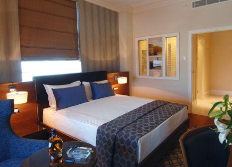 Hotelzimmer mit Tennis im Titanic Business Kartal