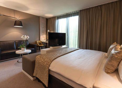 Hotelzimmer mit Hochstuhl im Radisson Blu Park Royal Palace Hotel Vienna