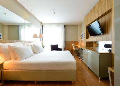 Hotelzimmer mit Pool im Pestana Rio Atlântica