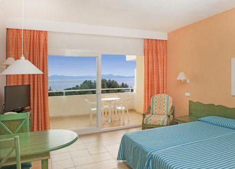 Hotelzimmer mit Volleyball im Iberostar Ciudad Blanca