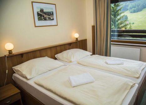 Hotelzimmer mit Tischtennis im Parkhotel