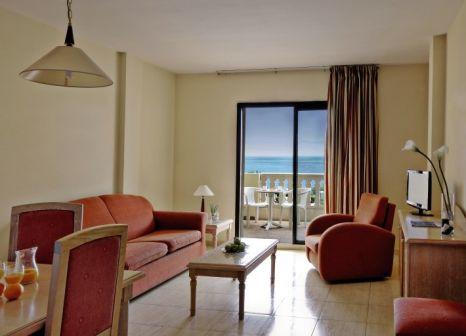 Hotelzimmer mit Minigolf im Costa Salinas