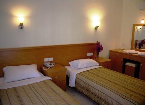 Hotelzimmer im Celay Hotel günstig bei weg.de