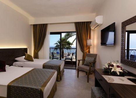 Hotelzimmer mit Paddeln im Alaaddin Beach Hotel