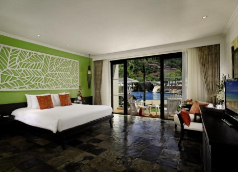 Hotelzimmer mit Tennis im Centara Kata Resort Phuket