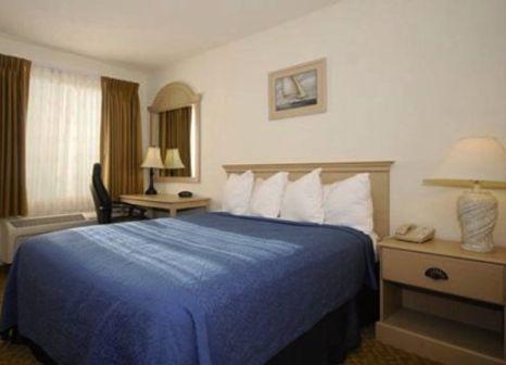 Hotelzimmer mit Pool im Quality Inn Pismo Beach