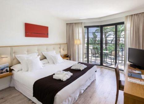 Hotelzimmer mit Mountainbike im Exe Estepona Thalasso & Spa