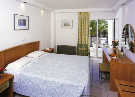 Hotelzimmer im Club Marmara Doreta Beach günstig bei weg.de