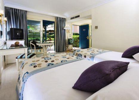 Hotelzimmer mit Minigolf im Mövenpick Hotel Cairo Pyramids