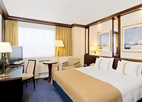 Hotelzimmer mit Animationsprogramm im Leonardo Hotel Frankfurt City South