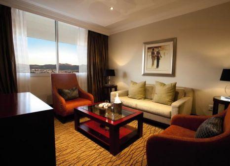 Hotelzimmer mit Golf im Avani Windhoek Hotel & Casino