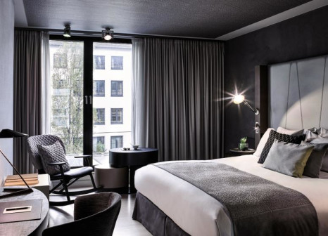 Hotelzimmer mit Kinderpool im Sofitel Munich Bayerpost