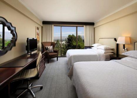 Hotelzimmer im Sheraton Universal günstig bei weg.de