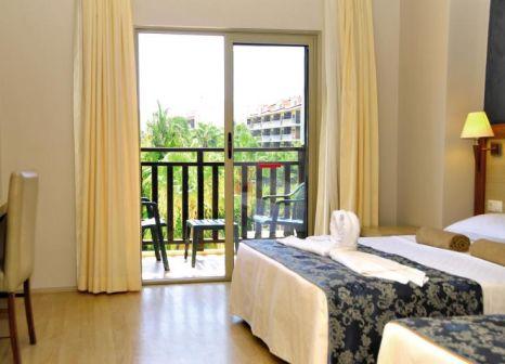 Hotelzimmer mit Mountainbike im Side Aquamarin Resort & Spa