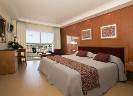 Hotelzimmer mit Mountainbike im HSM Atlantic Park