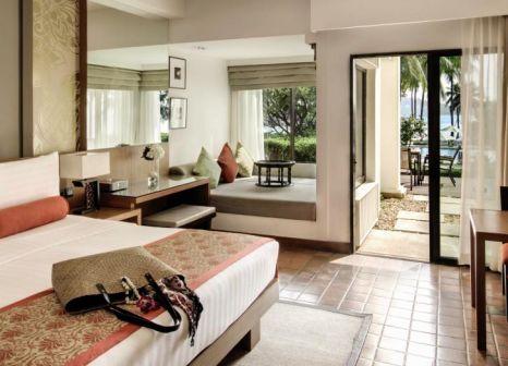 Hotelzimmer mit Volleyball im Outrigger Laguna Phuket Beach Resort