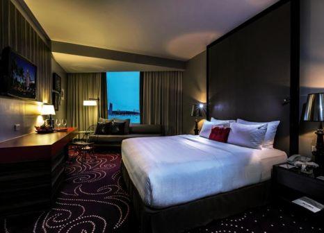 Hotelzimmer mit Mountainbike im Hard Rock Hotel Pattaya