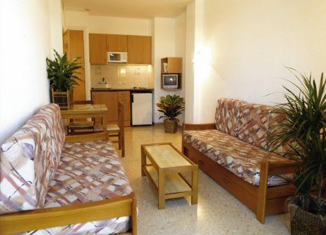 Hotelzimmer mit Mountainbike im ALEGRIA Bolero Apartments