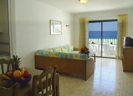 Hotelzimmer mit Volleyball im Galeón Playa