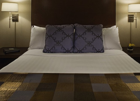 Hotelzimmer mit Hallenbad im Hyatt Regency Jersey City on the Hudson