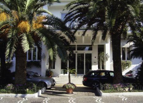The Carlton International Hotel in Golf von Neapel - Bild von 5vorFlug